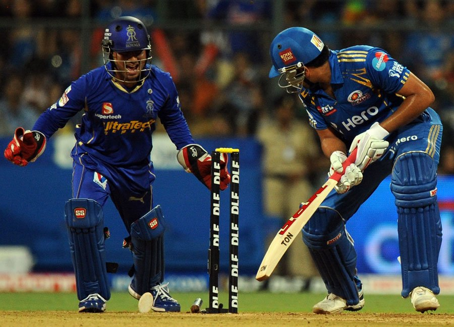 IPL 2013 Eliminator Live Score RR vs SRH Match Highlights 22 May